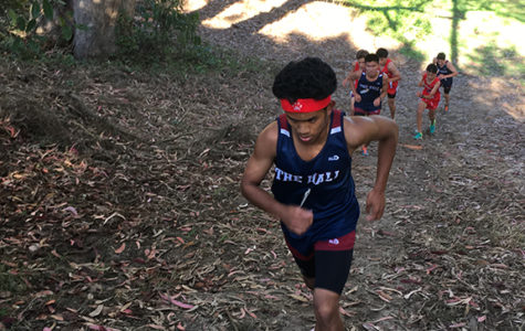 Skylar Dela Cruz '19 starts the ascent up a hill at Golden Gate Park. The cross country team will compete next at the Castro Valley Invitational.