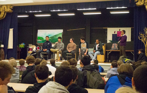 Alumni speak to students