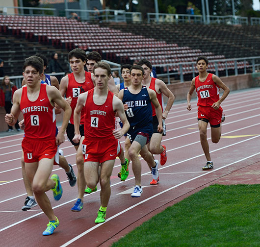 Eli Horowitz '17 gets boxed in during a BCL West track meet last year. Horowitz looks to build on his strong cross country season in which he won nine races and finished in the top 10 at NCS and the state championship.
