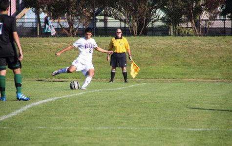 Varsity soccer looks to make playoffs despite record